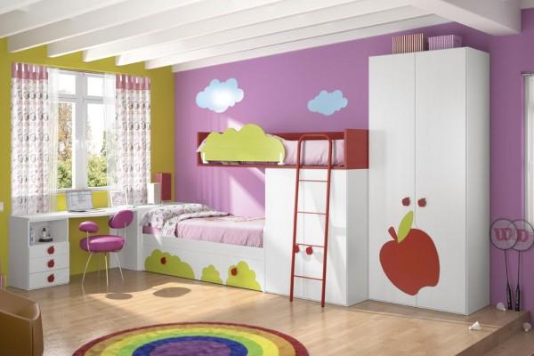 Color OK, mejorar camas, poner fondo y revisar quitar Hello Kitis cuadros etc.